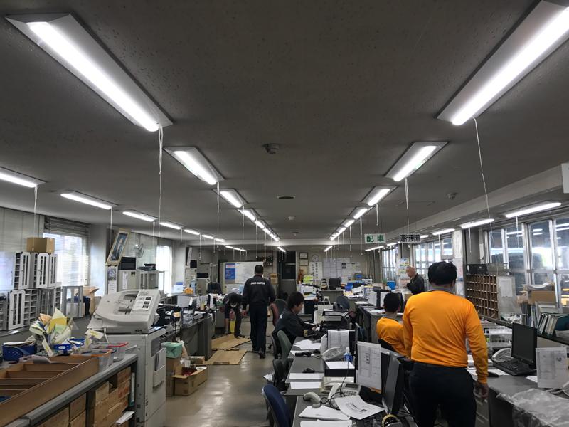 熊本事務所内LED化工事